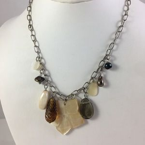 BoHo Chic Mother of Pearl Flower Pendant Necklace